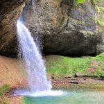Haus bei Wasserfall Tösstal